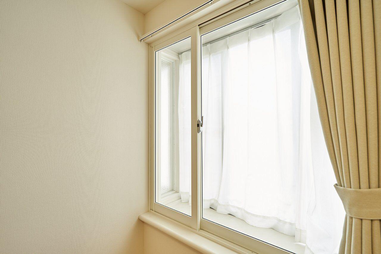 窓は2重サッシ