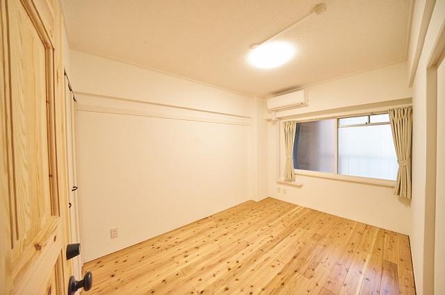 6011号室:入口から見たお部屋の様子