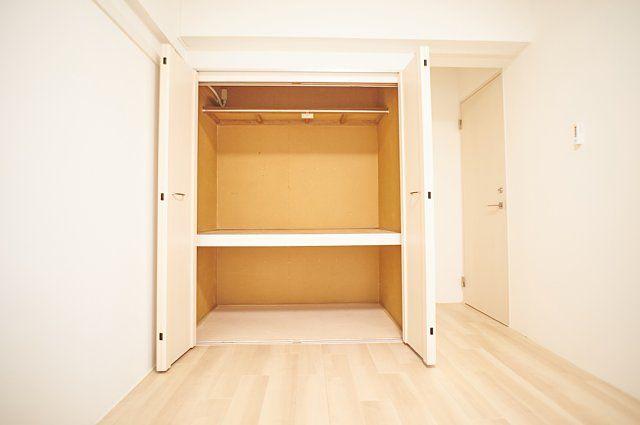 6012号室:収納扉を開けた様子